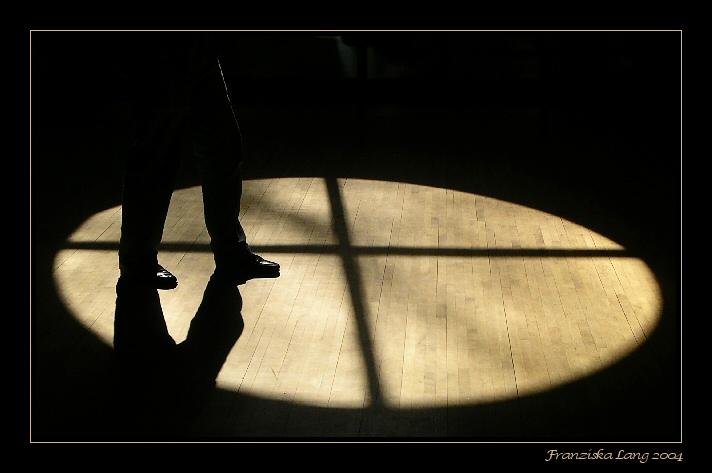 08 February 2004 - Walk in the Shadows