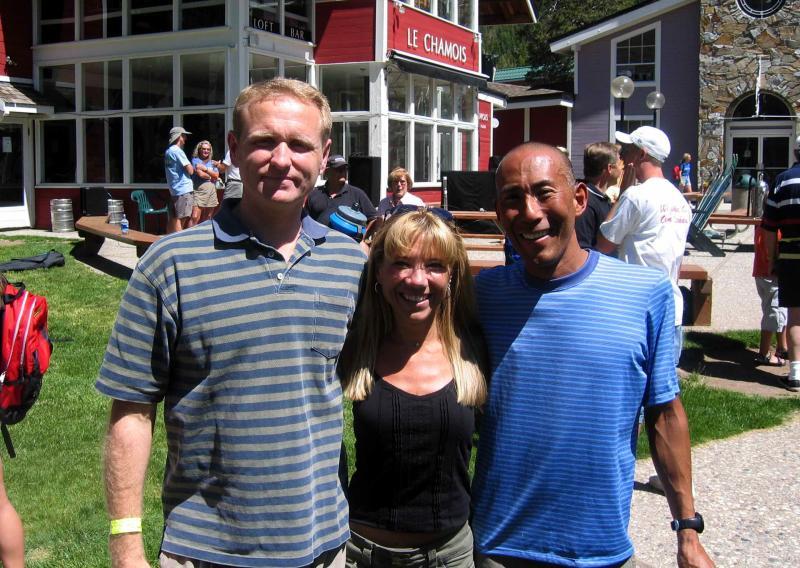 Surrounded by friends: KeithCallaway (WS04  ) and Glenn Tachiyama (from Scott Jureks crew)