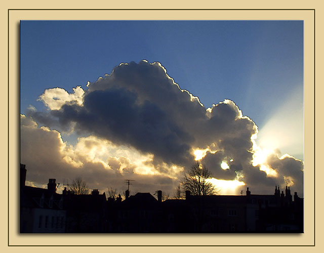 Cloud and sunset, Wells