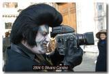 masked_photographer_8203