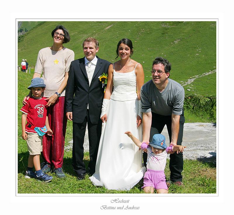 Bettinas Schwester mit Family