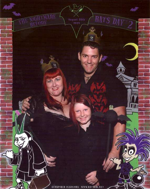Mr. and Mrs. Nightmare before Bats Day Joey & Lars w/Zoë