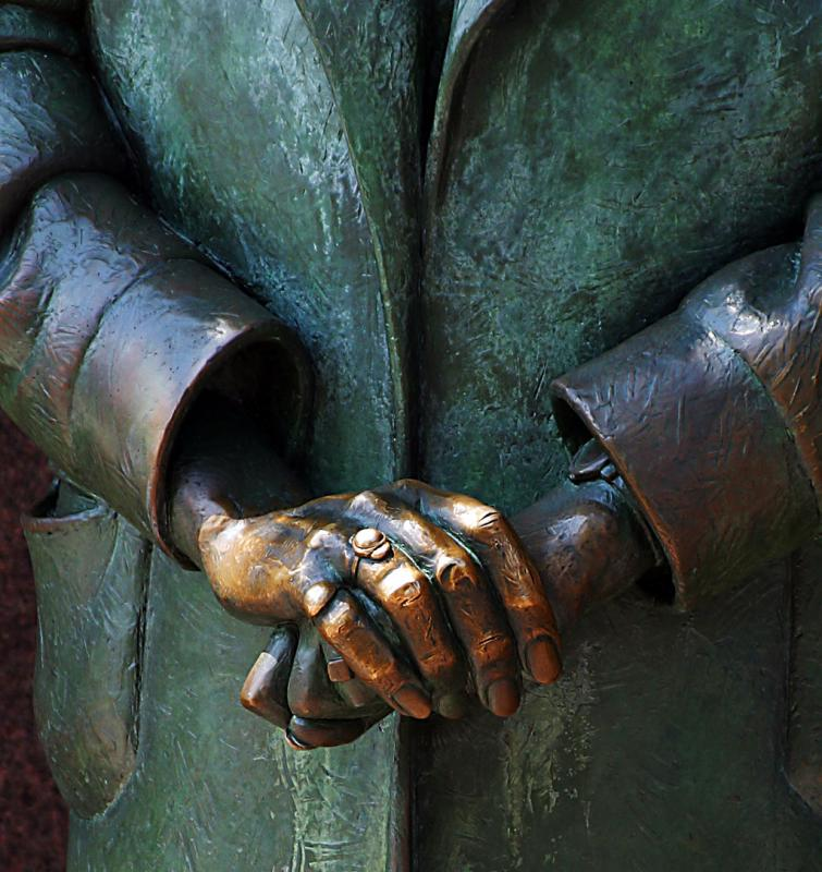 FDR monument, Elenors hands