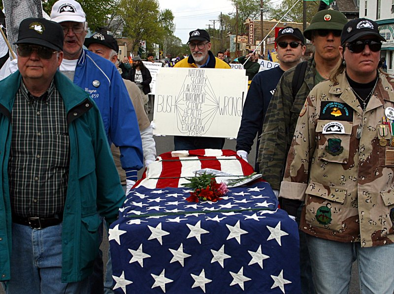 1124 US Soldiers have died.jpg