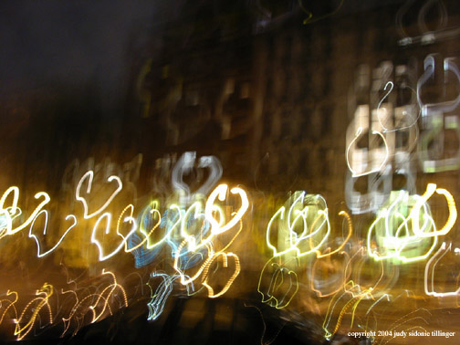 12.31 heart like light graffitti