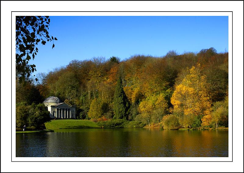 Stourhead ~ autumn glory!