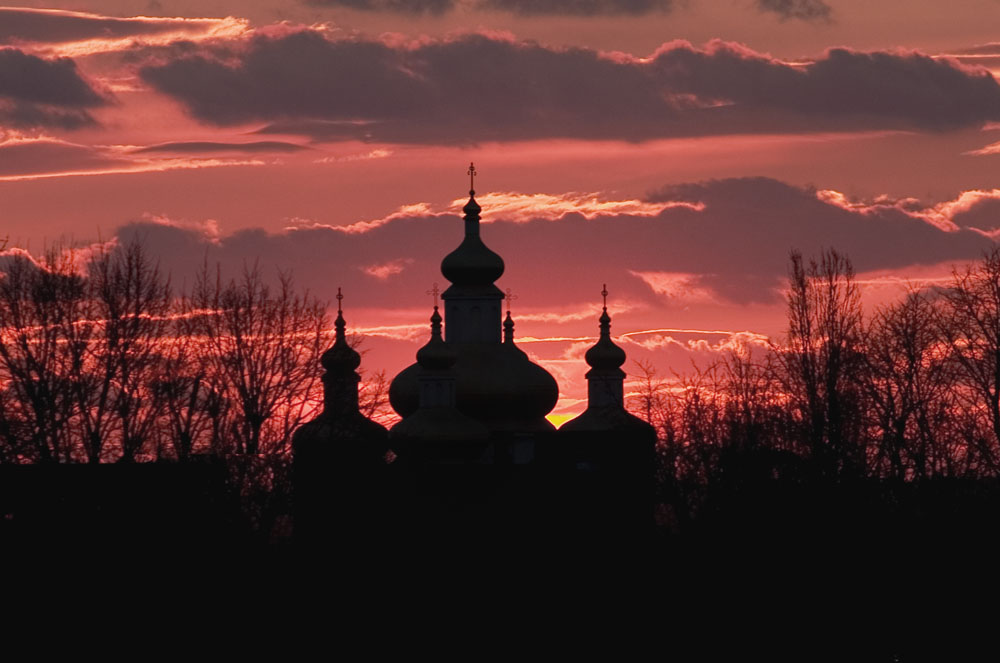church_at_sunset.jpg
