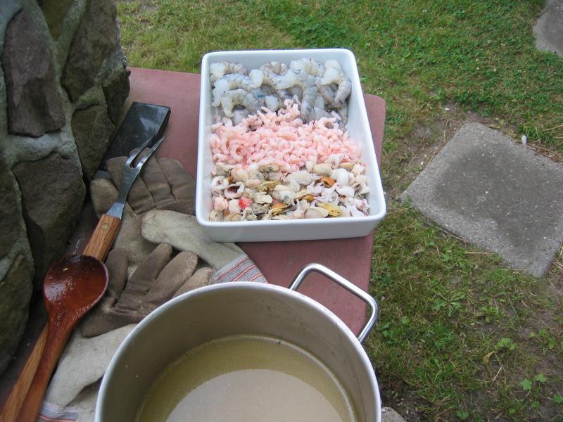Paella hecha en verano, ingredientes y caldo