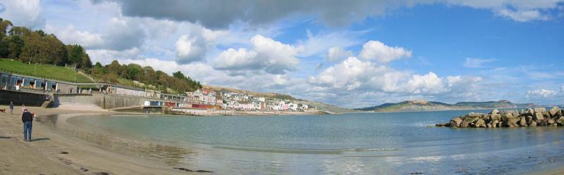Lyme Regis - harbour panorama
