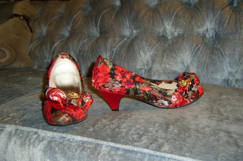 Christmas Tulip Shoes