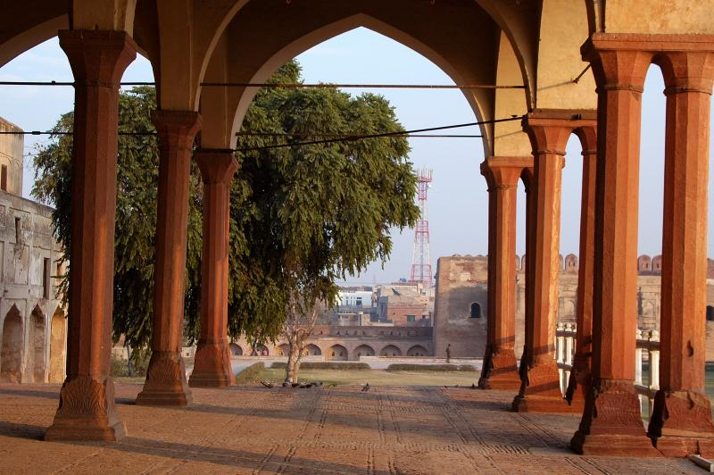 Lahore Fort - DIWAN-E-AAM (Hall of public audience)