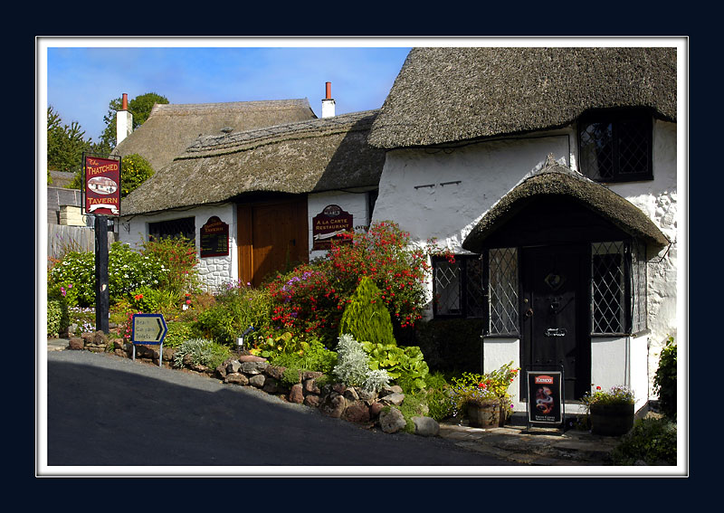 Thatched Tavern, Maidencombe (2326)