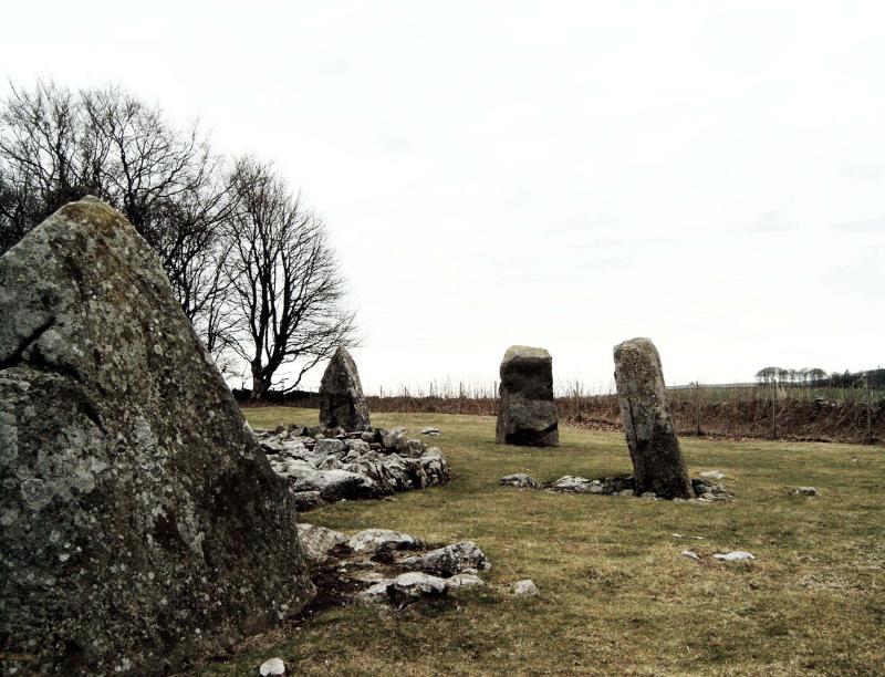 30.March, stone circle at Daviot