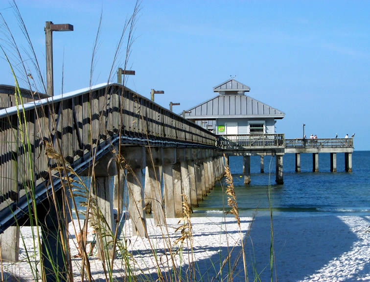 Fishing pier at Fort Myers Beach