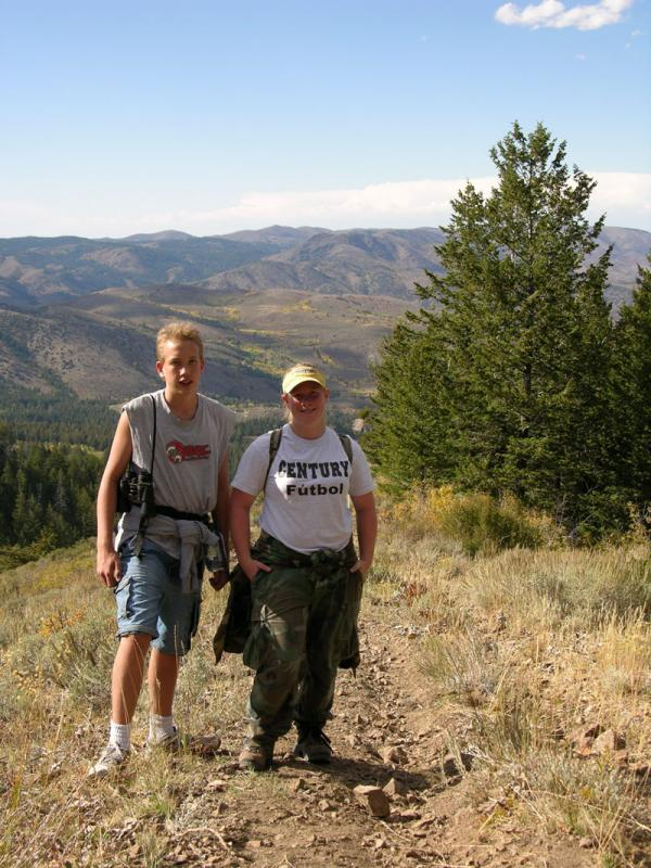 Century High students on Crestline Trail Nikon Coolpix 047.jpg