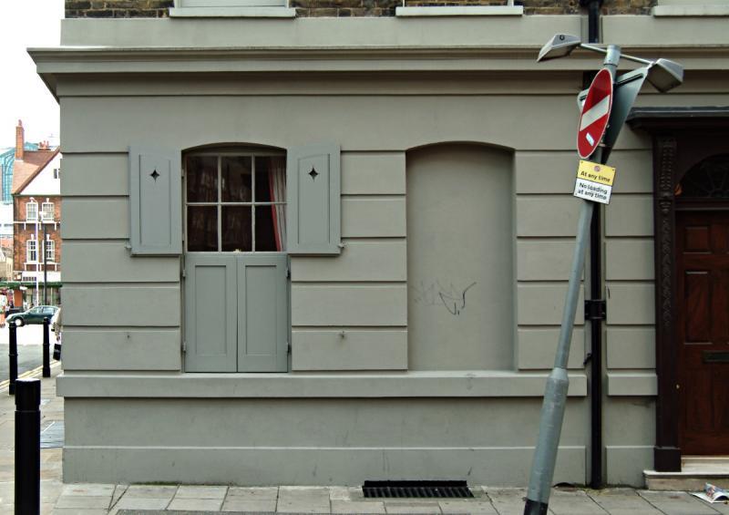 Grey Maison