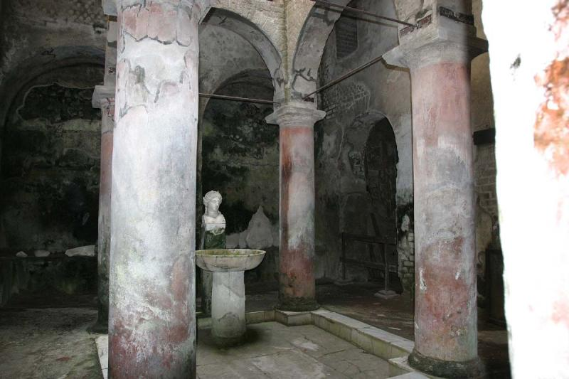 In Herculaneum there are two major public baths excavated so far: The Central Baths and the Suburban Baths. This is inside the S