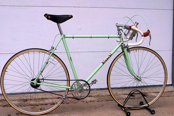 Bianchi 1946 full bike.jpg