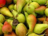 9.04 greenmarket pears