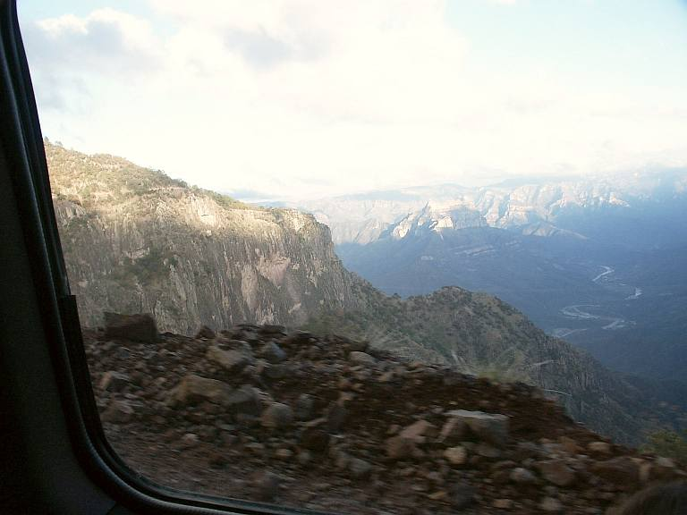 2405 Canyon View.jpg