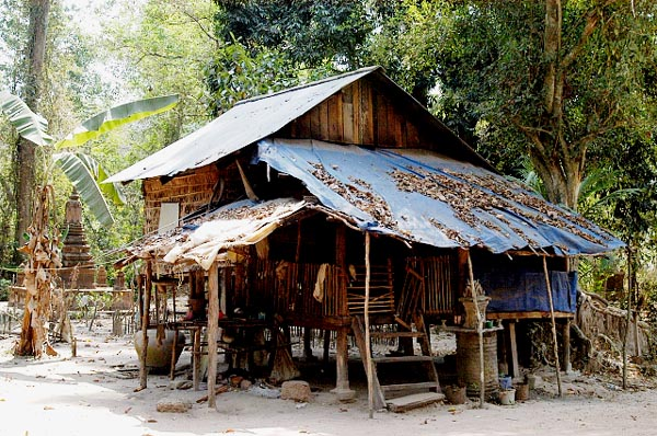 Village in the NW of Angkor Thom
