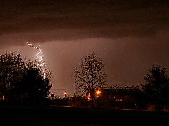 lightning - 7 May 04