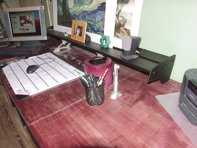 desk 007.jpg