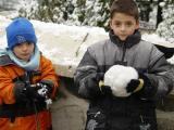 Bursa walk in snow kids