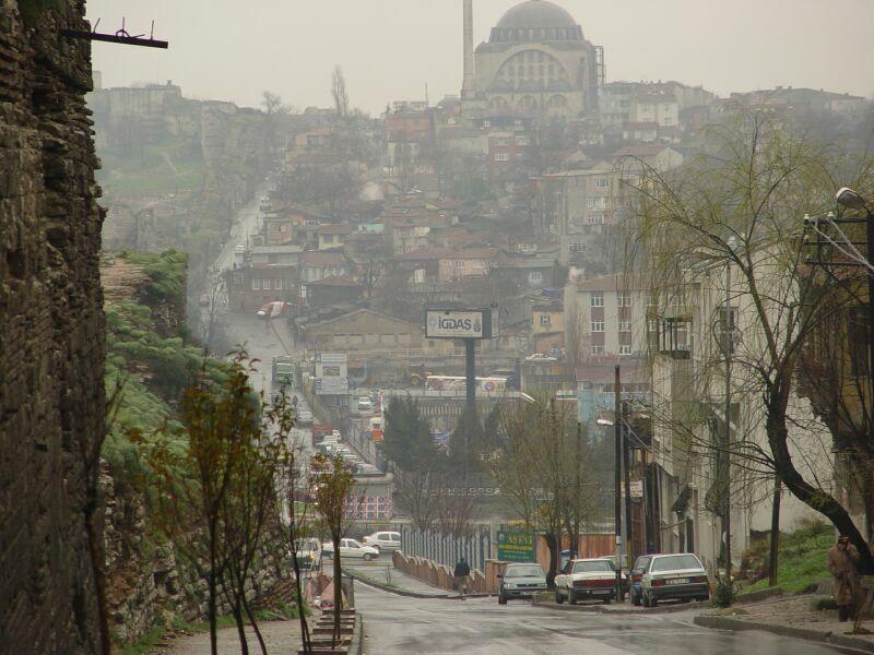 Istanbul at wall 2004 03 04