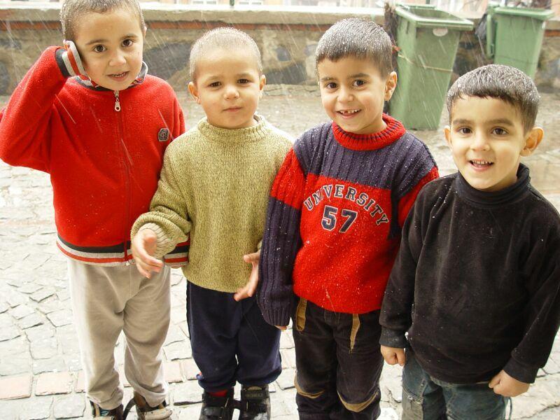 Istanbul kids 2004 03 04