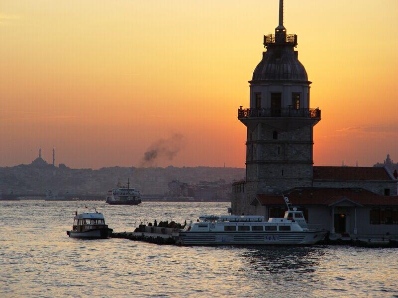 Istanbul Üsküdar and K1z Kulesi 2003 09 09