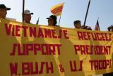 Vietnamese support Bush.jpg