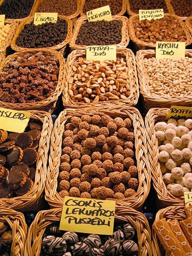 Tasty treats at Vorosmarty christmas fair (II)
