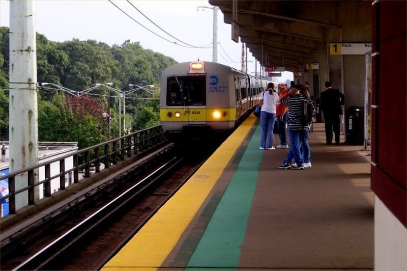 Westbound train from Merrick