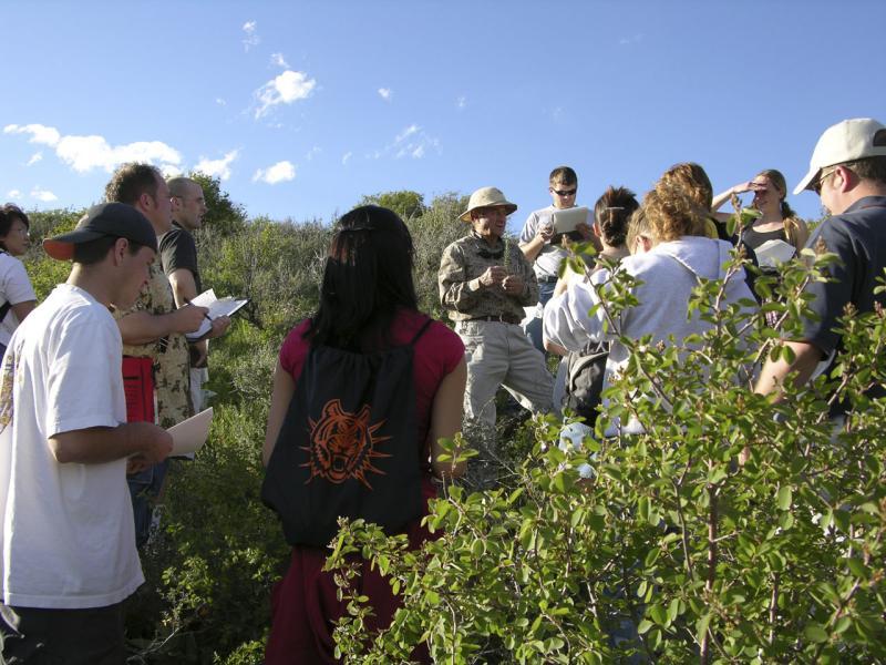 Dr Karl Holte and his Spring Flora class at Porcelain Pot DSCN1914.jpg