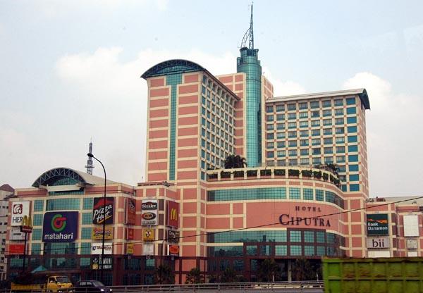 Hotel Ciputra & Shopping Mall