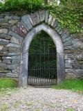 Gateway to Lord Brandons cottage.jpg