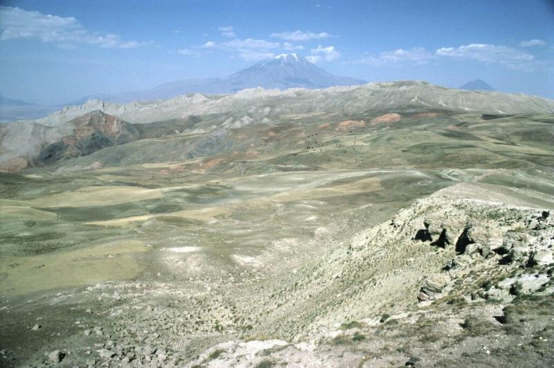 Doğubeyazit landscape with Ararat 2b