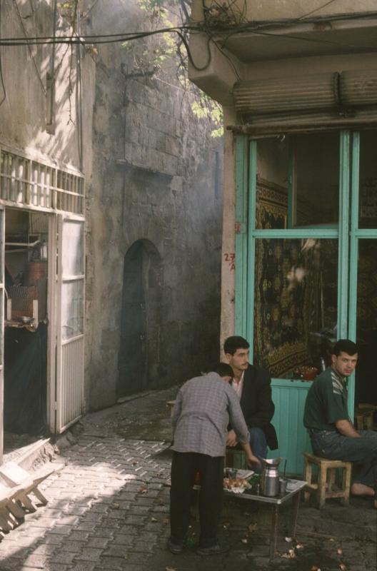 Urfa street scene 2.jpg