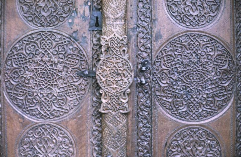 Kasaba mosque door 3.jpg