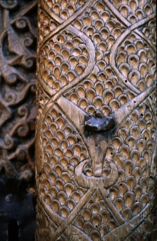 Kasaba mosque door 6.jpg