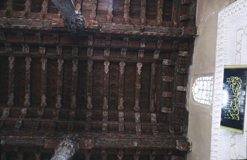 Kasaba mosque interior 5.jpg