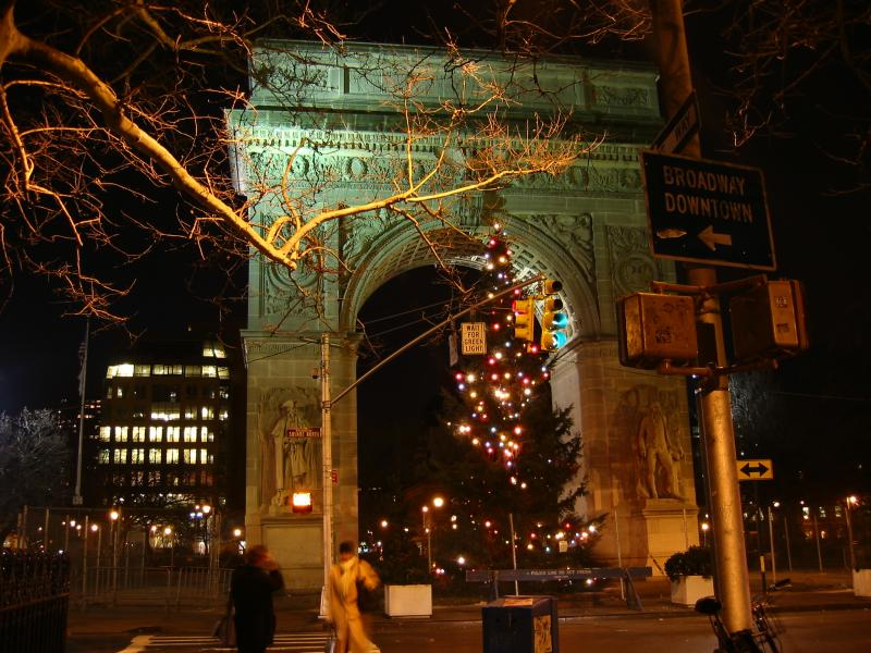 Arch at Night - Christmastime
