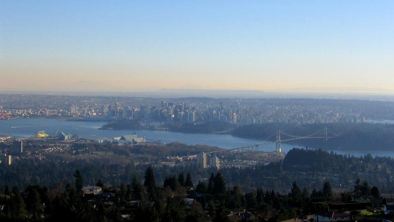 VancouverFromMountains430.jpg
