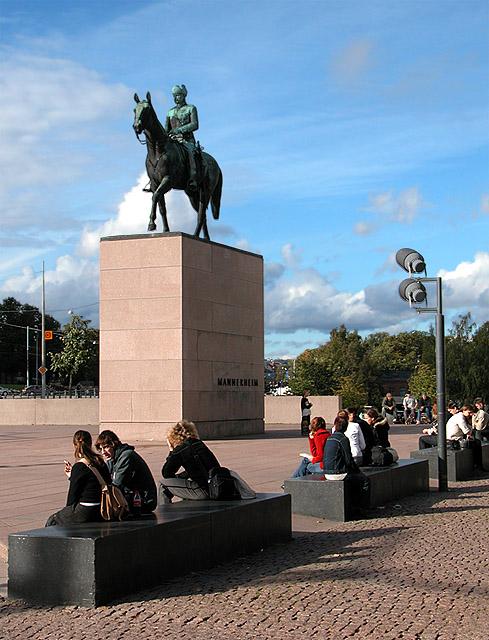 The Mannerheim Statue