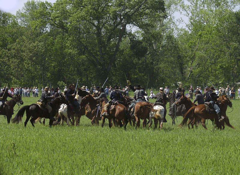 16 Cavalry-Melee-02.jpg