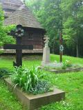 Nagrobki przy cerkwi w Uluczu(134-3466_IMG.JPG)