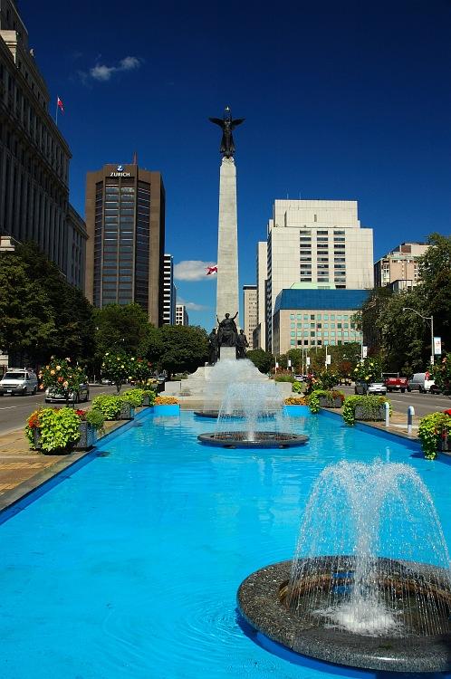 University Fountain.jpg