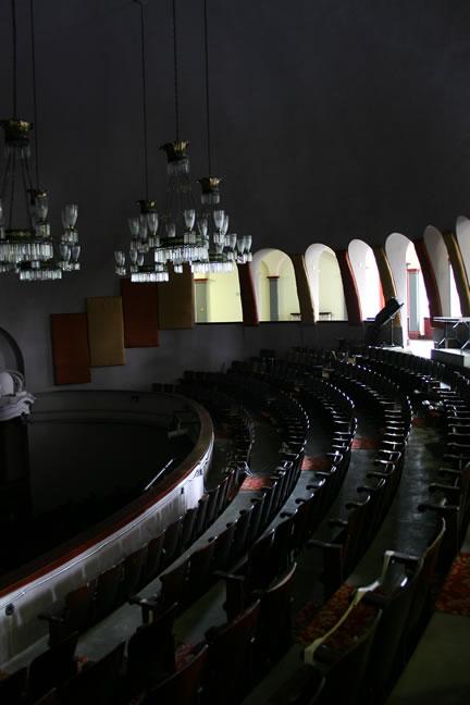 theater3.jpg