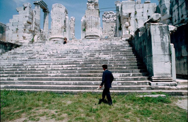 Dydima Apollo temple interior 3